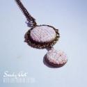 Rózsaszín nyaklánc, Ékszer, Medál, Nyaklánc, Különleges rózsaszín textilből készített nyaklánc fém alapon a téli hideg napokra. A lánc..., Meska