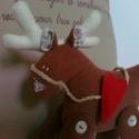 Raoul, Dekoráció, Karácsonyi, adventi apróságok, Játék, Ünnepi dekoráció, Raoul rénszarvas.  25 cm magas, kb 24cm hosszú, dekoráció. Melegséget hoz a házba a hideg napokon. ..., Meska