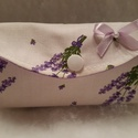 Levendula virág mintás zsebkendőtartó, Zsebkendőtartó Megérkezett a náthás időszak ...