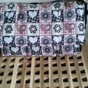 Szívecskés pelenkázó táska