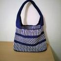 Kék fehér horgolt  táska, Táska, Válltáska, oldaltáska, Horgolás, Gyönyörű horgolt táskát készítettem. kék fehér műszálas  anyagból. Méretei magasság 25 cm szélesség..., Meska