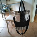 Divatos praktikus táska., Táska, Válltáska, oldaltáska, Varrás, Többféle anyagból varrtam ezt a nagyon tetszetős táskát. Anyaga pamut vászon .Méretei magasság  40 ..., Meska