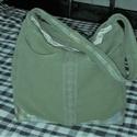 zöld Farmer táska, Táska, Válltáska, oldaltáska, Varrás, Nagyon szép és praktikus táskát készítettem. Méretei magasság 36 cm szélesség 33 cm  oldal szélessé..., Meska