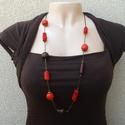 Piros-barna hosszú nyaklánc L2013, Ékszer, óra, Nyaklánc,  Piros és sötétbarna fa és bőrgyöngyökből készült 84cm hosszú nyaklánc.   , Meska