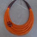 L2033 Narancssárga-barna nyaklánc , Ékszer, Nyaklánc,  Narancssárga és barna szín kombinációja.  A nyaklánc hossza: 44cm+5cm (a legrövidebb szál) ..., Meska