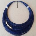 L2116 Sötétkék-szürke nyaklánc , Ékszer, Nyaklánc, Sötétkék nyaklánc szürke ezüstfóliás gyöngyökkel.   A nyaklánc hossza: 44cm+5cm (a legrö..., Meska