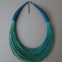 Kékeszöld-zöld nyaklánc , Ékszer, Nyaklánc, Zöld és kék színek kombinációja.    A nyaklánc hossza: 44cm+5cm (a legrövidebb szál)  A val..., Meska