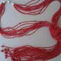 Piros apró gyöngyös csomozott nyaklánc L2450, Különleges nyaklánc apró gyöngyökből. Mind ...