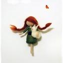 Kislány nyuszival, Dekoráció, 8cm-es tűnemezelt kislány figura nyuszival a kezében :-) , Meska