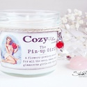 """The Pin-up Girl szójagyertya, >>> The Pin-up Girl <<<  """"A flowery-powdery scen..."""