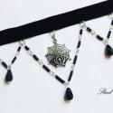 Pókhálós nyaklánc, Ékszer, Nyaklánc, Elegáns és egyben goth hatást keltő nyakéket készítettem, melyen a kis pók dupla hálóban c..., Meska