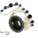 Black Universe - fekete gyöngyös nyaklánc, Ékszer, Nyaklánc, Black Universe, azaz fekete univerzum. A nyaklánc központi eleme egy tetszetős műgyanta kaboson,..., Meska
