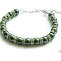 Boiga - zöld gyöngyös karkötő strasszokkal, Ékszer, Karkötő, Ez a mutatós karkötő egy igazán mutatós kígyóról, a boiga cyanearól vagy más néven zöld ..., Meska