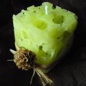 Zöld jéggyertya, Kívülről raffiával és tobozzal ékesítettem ...