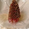 Karácsonyfa a'la fusilli, Fusilli tésztából készült, fenyőfa alakját ...