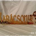 Karácsonyi asztaldísz, Termésekkel díszített, aranyba borult hóembere...