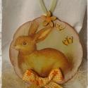 Húsvéti ajtódísz, Dekoráció, Otthon, lakberendezés, Húsvéti díszek, Falikép, Nyuszis antikolt, decoupage technikával készült húsvéti ajtódísz. Vendégeink már az ajtóban érezheti..., Meska