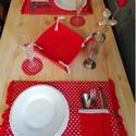 Valentin napi tányér alátét szett, Otthon & Lakás, Konyhafelszerelés, Varrás, Vidám és romantikus tányér alátét szett!  Közeleg a Valentin nap,lepd meg kedvesedet egy finom vacs..., Meska