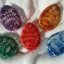 Horgolt tojások - melírozott 5 db, Dekoráció, Húsvéti díszek, Ünnepi dekoráció, Horgolás, Horgolt tojások - melírozott 5 db  Gyöngyfonalból horgoltam. Háztartási keményítővel keményítettem...., Meska