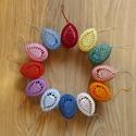 Horgolt tojások - 12 db vegyes színű, Gyöngyfonalból horgoltam. Háztartási keményí...