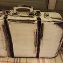 Antik Bőrönd, Otthon, lakberendezés, Tárolóeszköz, Láda, Festett tárgyak, Régi bőr utazó börönd átalakitva tároló eszközzé. Padláson talált ösrégi darab mely fehér fekete Vi..., Meska