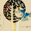 KÉKMADÁR - cukorbábok a tortádra, Dekoráció, Baba-mama-gyerek, Képzőművészet, Ünnepi dekoráció, Festett tárgyak, Fotó, grafika, rajz, illusztráció, Valaki elrejtőzött az aranyalmafa levelei között! Talán még meghívója sincs!  A Sütök Neked Egy Mes..., Meska