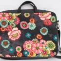 Demetersaci rendelése: Fekete virágos laptop táska, Szívesen készítek az általad kiválasztott any...