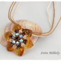 Summertime medál - topáz színű swarovksi szívekből fűzött nyaklánc, Swarovski szívecskékből készült medál, gyön...