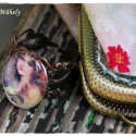 Rózsás Szépség gyűrű, Vintage stílusú gyűrű. A gyűrű alapja dísze...
