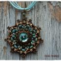 Antik hatású Porsala medál, Türkizkék gyöngyöket egészítettem ki bronzza...