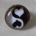 Yin Yang üveglencsés gyűrű, Ékszer, Esküvő, Gyűrű, Nyaklánc, Ékszerkészítés, A Yin és Yang negatív és pozitív, víz és tűz, nő és férfi, az őselemek egymásra hatásának jelképe. ..., Meska