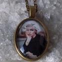 Marylin Monroe , Ékszer, Gyűrű, Ékszerszett,  Marylin Monroe  a sex szimbólum üveglencse alatt.  medál 25 x 18mm üveglencse  Nyaklánc hossz:..., Meska