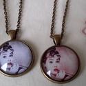 Audrey Hepburn, Ékszer, Medál, Nyaklánc, Audrey Hepburn az örök életű színésznő!  Üveglencsébe zárva.  méret:25x25 mm  Lánc hossz..., Meska