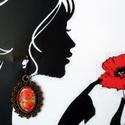 Pipacsos fülbevaló, Ékszer, óra, Esküvő, Fülbevaló, Esküvői ékszer, Ékszerkészítés, Fotó, grafika, rajz, illusztráció,  Vintage pipacsos fülbevaló.  Méret: 3 x 2 cm üveglencse:18 x 13 mm, Meska