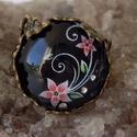 Rokokó stílusban készült üveglencsés gyűrű, Ékszer, Gyűrű, Medál, Rokokó stílusban készült üveglencsés gyűrű. Hozzávaló nyakláncot a boltomban megtalálod...., Meska