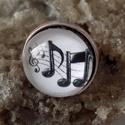 Hangjegyek üveglencsés gyűrű, Ékszer, Gyűrű, Medál, Nyaklánc, Hangjegyek üveglencsés gyűrű ezüst színű  18mm üveglencse méret állítható, Meska