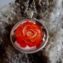Romantikus rózsa, Ékszer, Esküvő, Nyaklánc, Ékszerkészítés, Fotó, grafika, rajz, illusztráció, Romantikus rózsa kedvelőknek készült nyaklánc.   Medál:25 x 25 mm üveglencse. lánc hossz: 48 cm, Meska