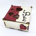 Fa doboz LOVE, Szerelmeseknek, Otthon, lakberendezés, Tárolóeszköz, Doboz, Famegmunkálás, Szolid, igényes dobozka, amit érdemes minőségi csokival megtömve adni kedvesednek.  Rendelhető BÁRM..., Meska