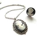 Kámea szett, Ékszer, Nyaklánc, Ékszerkészítés, Kámea medálos nyaklánc, és hozzá illő gyűrű amit szettben kínálok :) Antikolt ezüst alapba helyezte..., Meska