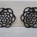 Perla egyedi bőr fülbevaló, Ékszer, Fülbevaló, Fekete színű valódi olasz marhabőrből tervezett és kivágott fülbevaló.  Mérete 40x40 mm., Meska