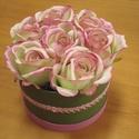Rózsabox, Dekoráció, Csokor, Dísz, Festett tárgyak, Virágkötés, Kartondobozt festettem és töltöttem meg gyönyörű rózsaszín-zöld rózsákkal. A dobozt csipkével díszí..., Meska