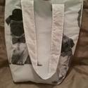 Kutyás női táska, Táska, Válltáska, oldaltáska, Eladó általam készített női táska, kutyusos mintával, menta színű belső résszel. Tipikus ..., Meska