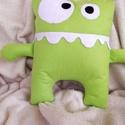 Happy Frog párna, Baba-mama-gyerek, Otthon, lakberendezés, Játék, Plüssállat, rongyjáték, Hímzés, Varrás, Első látásra nagyon félelmetesnek tűnhet ez a kis béka, pedig csak arra vár, hogy magadhoz öleld. S..., Meska