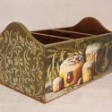 Fűszer vagy irattartó, Otthon, lakberendezés, Tárolóeszköz, Doboz, Fából készült, régies képekkel díszített tároló dobozka. Akár a konyhában fűszerek, akár receptek, t..., Meska