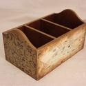 Fűszer vagy irattartó, Otthon, lakberendezés, Tárolóeszköz, Kosár, Fából készült, régies képekkel díszített tároló dobozka. Akár a konyhában fűszerek, akár receptek, t..., Meska
