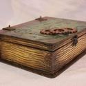 Könyv alakú  doboz, Fából készült, régies hatású, tároló, kö...