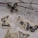 Pillangók - tavaszi dekorációk,  Nyers színű vászonra transzferezett lepkék, f...