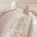 húsvéti romantikus evőeszköztartó, Fehér filcből készült evőeszköztartó a roma...