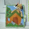 Fejlesztő könyv kutyussal, Játék, Készségfejlesztő játék, Baba, babaház, Barkácsfilcből és pamutvászonból készült textilkönyv , horgolt babával . A könyv 2 lappbó..., Meska