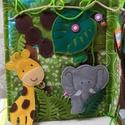 Dzsungel -  csendeskönyv, Csendeskönyv dzsungel témában .  Gombolós , pa...